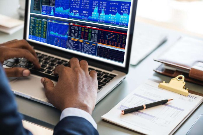How to Calculate the Intrinsic Value of a Stock [Buffet